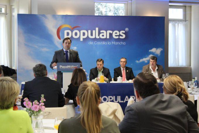 Núñez promete reformar el Hospital de Albacete y recuperar el Museo de Arte Realista