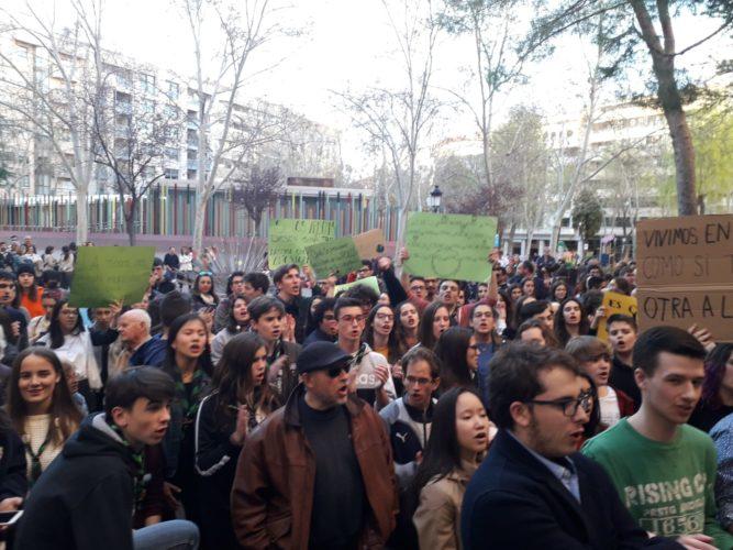 Los jóvenes de Albacete se unen al grito contra el cambio climático