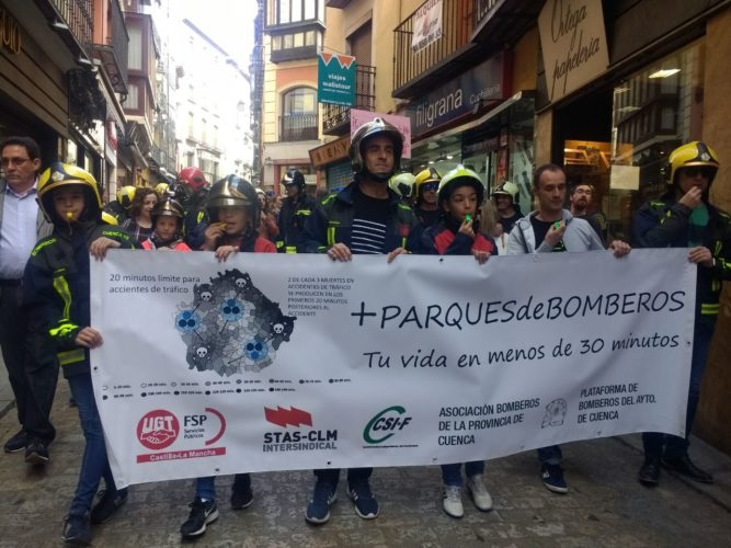 Los bomberos de Albacete se unen a las reivindicaciones por una Ley de Coordinación regional