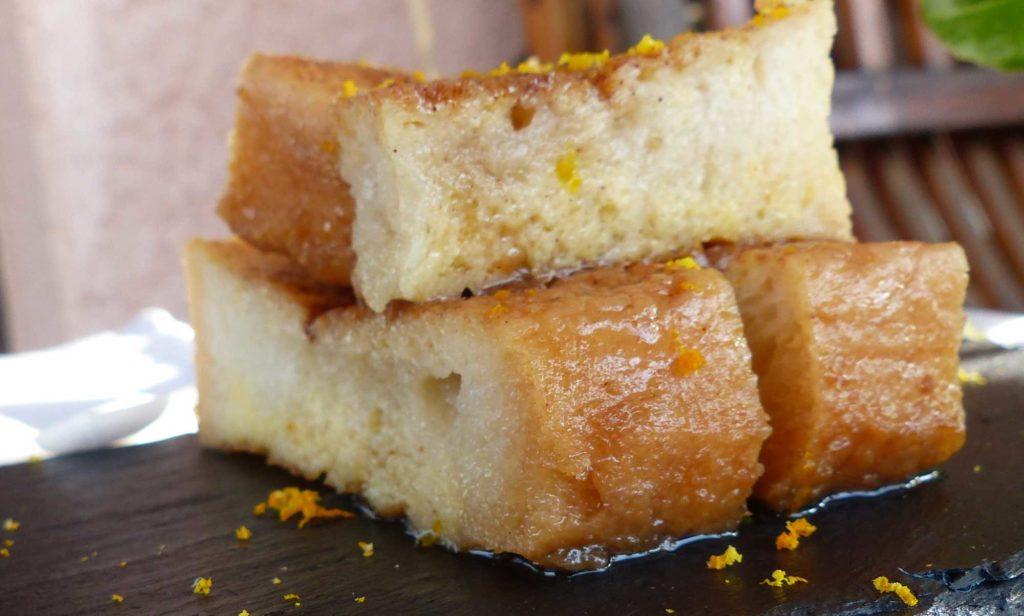 Torrijas, bacalao o leche frita: el aceite de oliva en la gastronomía de Semana Santa