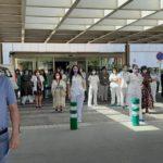 GALERÍA| Así ha sido el minuto de silencio en Albacete en recuerdo a las víctimas de la pandemia
