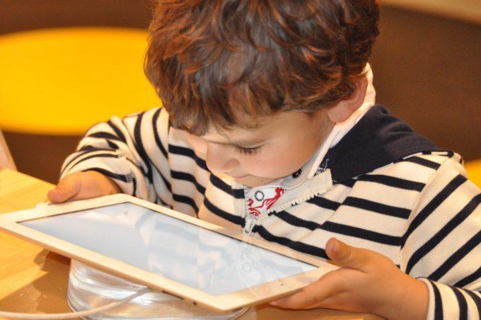 tablet, niño