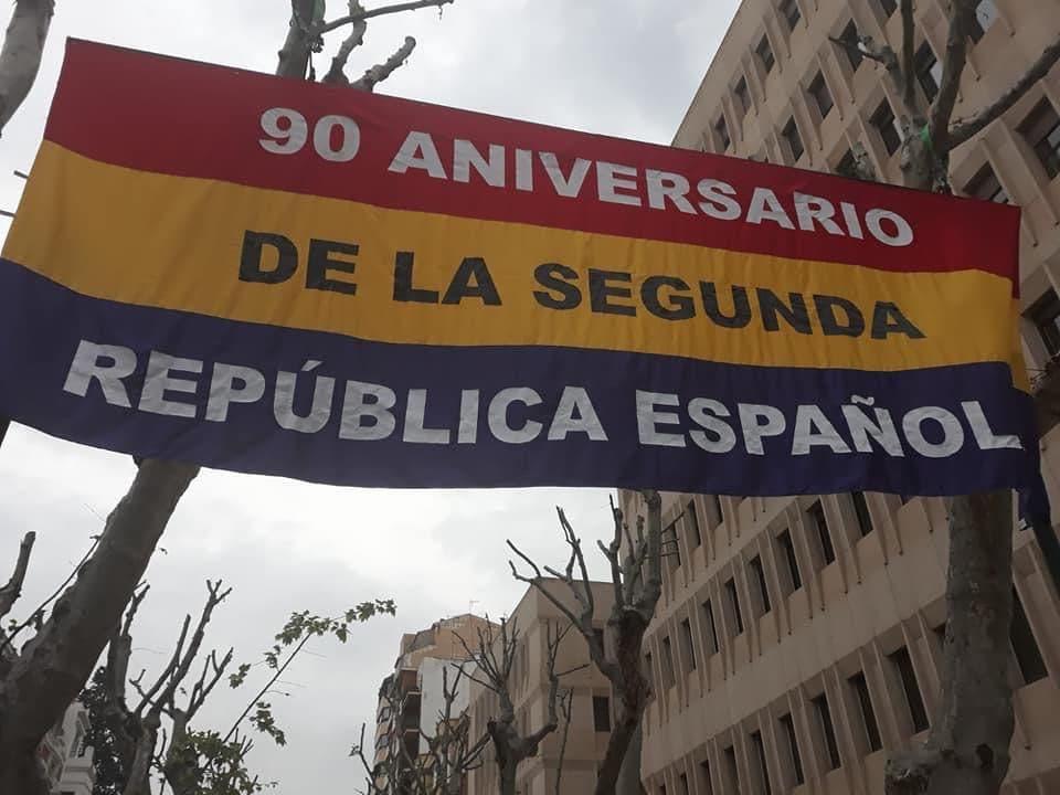 bandera república paseo de la libertad